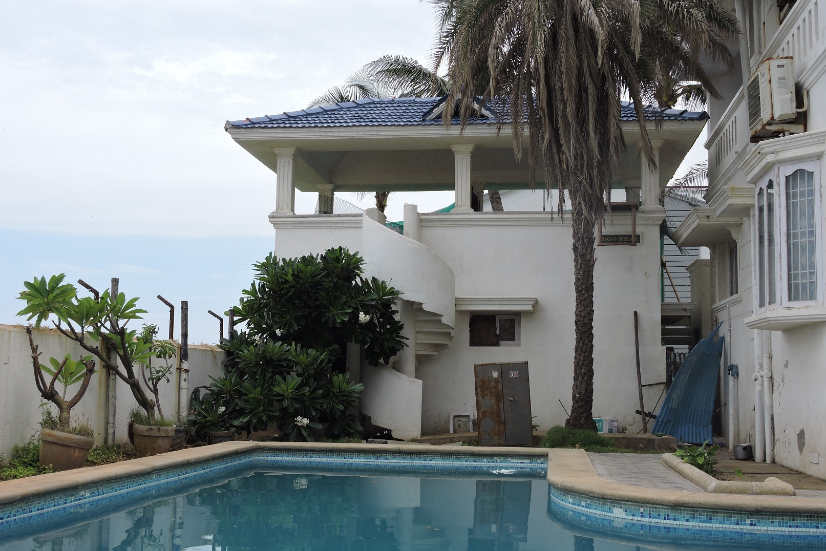 Beach Houses For Rent With Swimming Pool In Chennai Ecr