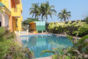 Uthandi Farm House pool Chennai Beach Houses