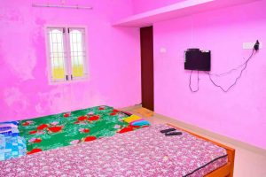 beach houses for rent in ecr with swimming pool