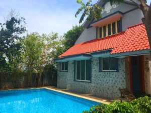beach house for rent with swimming pool