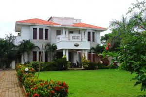 Beach Houses in ECR for Group Stays