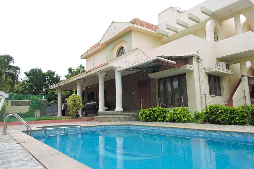 Aura Villa ECR for rent